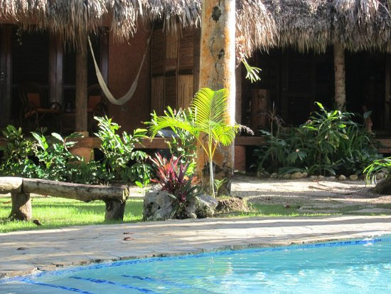 Natura Cabana Boutique Hotel & Spa: Another view of the hotel grounds