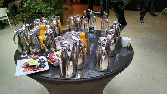 Mercure Bordeaux Chateau Chartrons Hotel: Café da manhã
