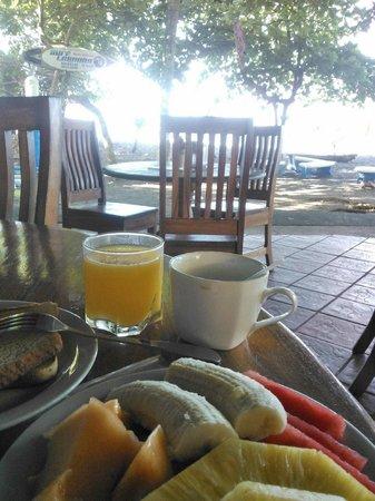 Hotel Fuego del Sol: Café da manhã, opção Tropical!!!
