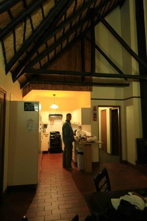 Thendele Hutted camp : inside the hut