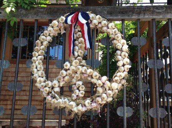 Chez Panisse: A Garlic Peace Sign--Hey, it's Berkeley!