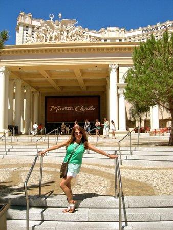 Monte Carlo Resort & Casino: Entrance to the Casino