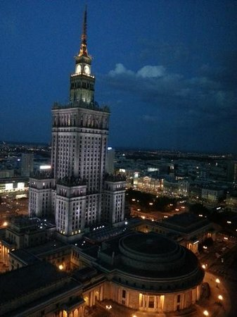 InterContinental Hotel Warsaw : Amazing evening view from the room