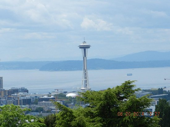 Space Needle: View from Queen hill