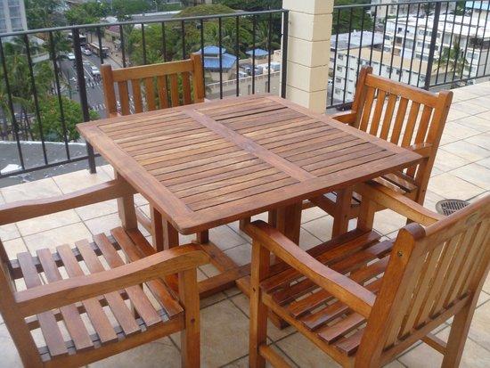 Aqua Bamboo Waikiki: deck furniture