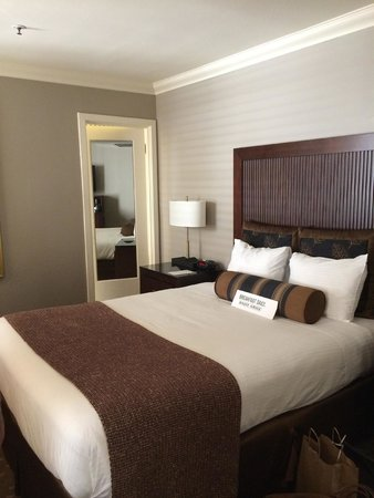 Handlery Union Square Hotel: Queen bed room