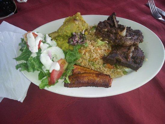 Marian's Bayview: Pork chop plate.