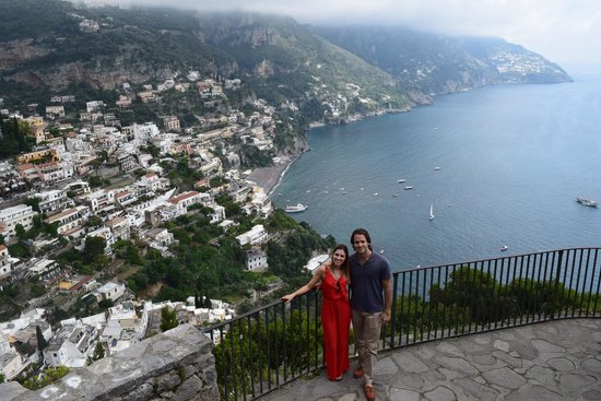 Rainbow Limos: Views of Amalfi Coast