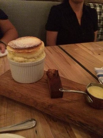 Cluny Bistro: Passion Fruit Souffle