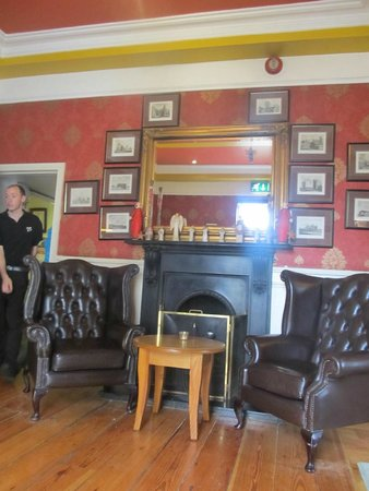 Gleeson's Townhouse and Restaurant: check in