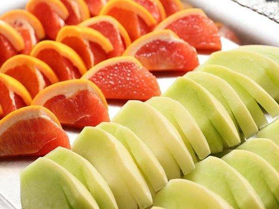 ジューシーなフルーツ juicy fruits picture of shiga palace hotel
