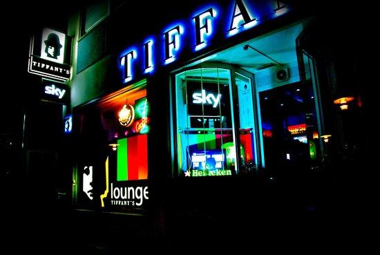 Tiffany's Lounge Bar: Nachtleben