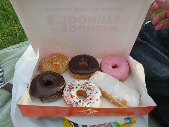 Dunkin' Donuts: Caixinha de donuts