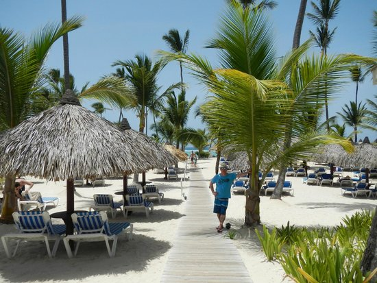 Luxury Bahia Principe Ambar Blue Don Pablo Collection : The beach