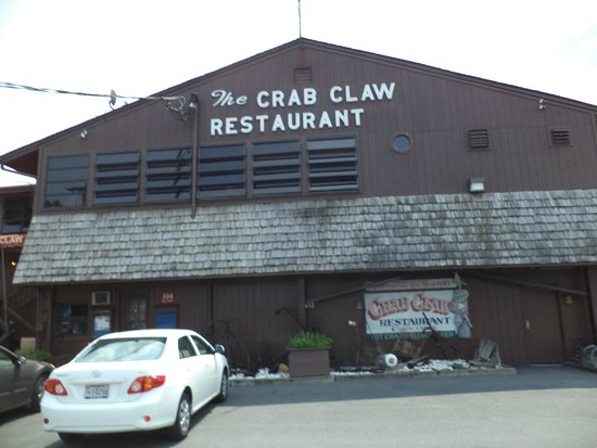 The Crab Claw: On the Water Dining