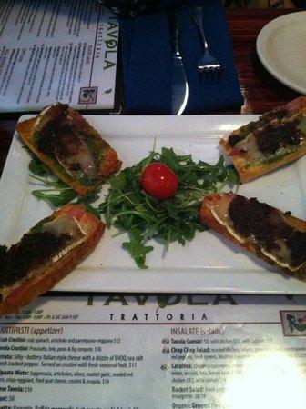 Tavola Trattoria: Tavola Crostini (Prosciutto, brie, pesto & fig compote)