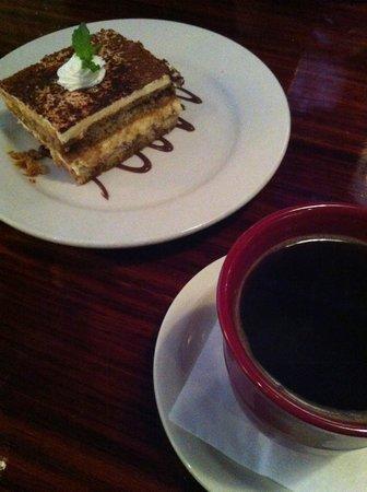 Tavola Trattoria: Tiramisu w/ coffee