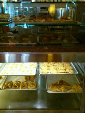 Eveready Diner: A display of goodies