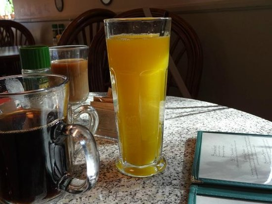 Wildflower Cafe : fresh OJ
