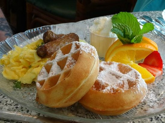 Wildflower Cafe : Waffles