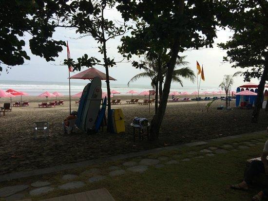 Anantara Seminyak Bali Resort: absolute beach front property