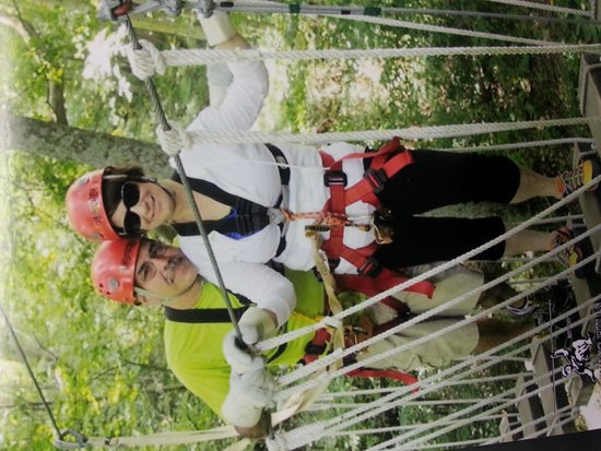 Hocking Hills Canopy Tours : First time zipping!