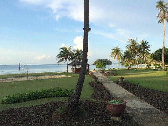 Nirwana Gardens Mayang Sari Beach Resort : Hotel