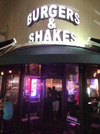 Burgers Shakes Inc