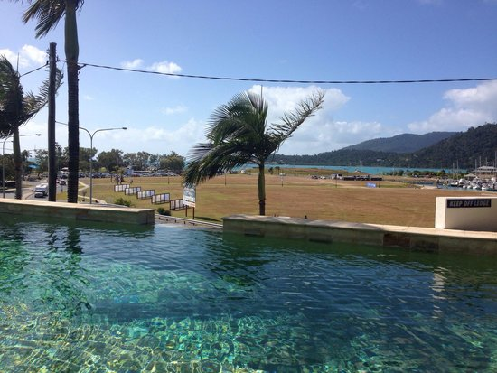 Portside Whitsunday : Great pool - fab views