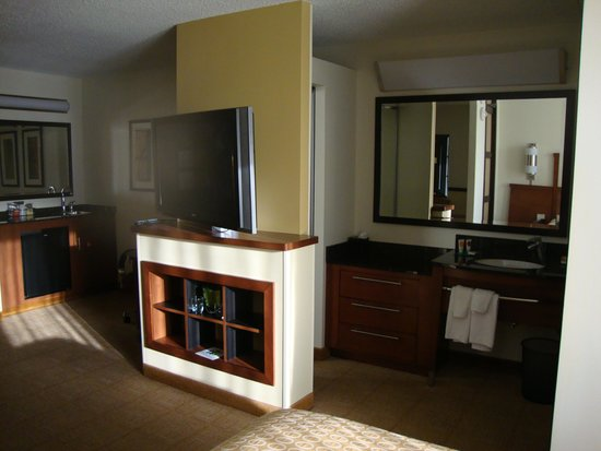 Hyatt Place Tulsa-South/Medical District: Room