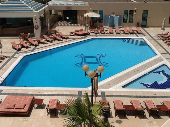 Roda Al Bustan: Pool