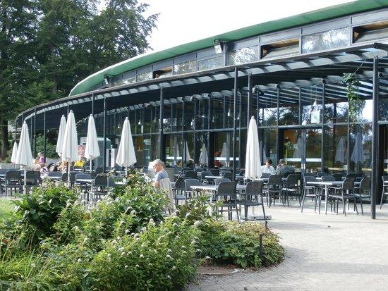 Park im Gruene: Restaurant patio
