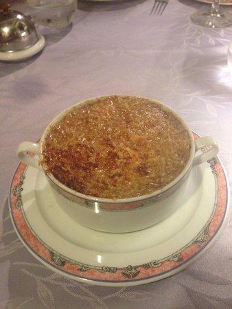 Le Pressoir: French onion soup