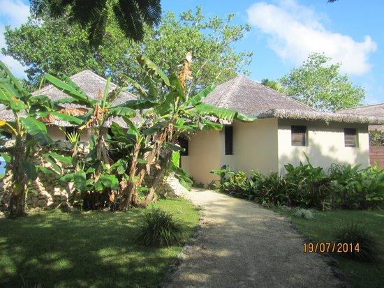 Eratap Beach Resort: Front of villa number 1