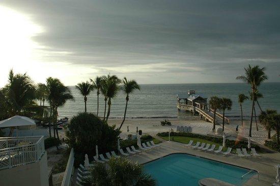 The Reach Key West, A Waldorf Astoria Resort: Beach