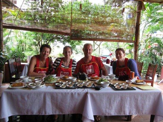 Kangaroo Hue - Day Tours: Top Students!