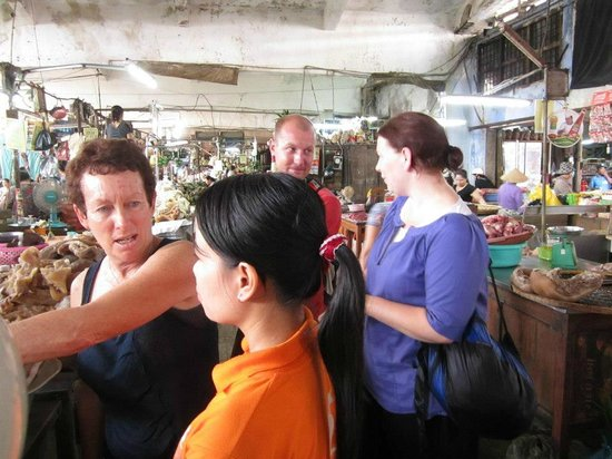 Kangaroo Hue - Day Tours: At the markets learning with Thiep