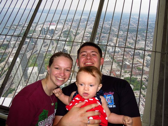 CN Tower: The family up on the top!