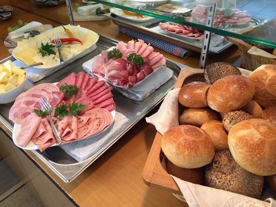 Weinhotel Michel: Breakfast