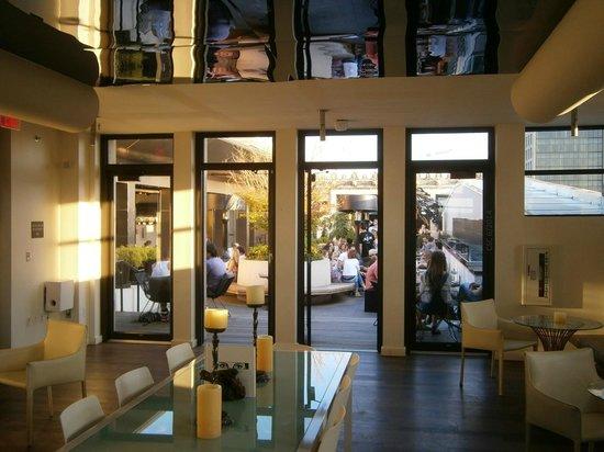 Kimpton Hotel Monaco Philadelphia Stratus Lounge Rooftop Bar At The