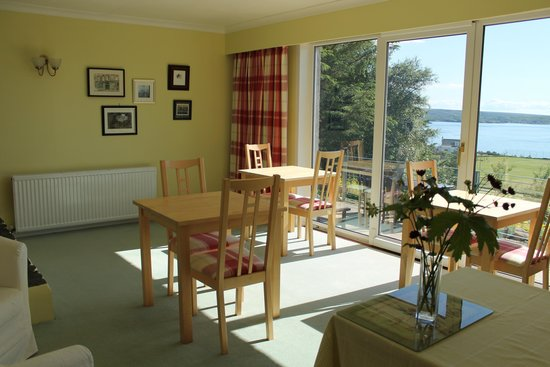 Gairloch View Guest House : Dining Room with a view