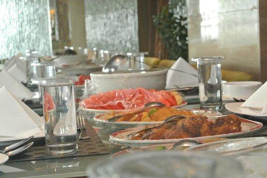 Asean International Hotel Medan: lunchie lunch