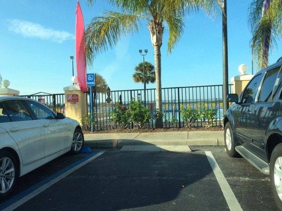 Westgate Lakes Resort & Spa: Área da piscina