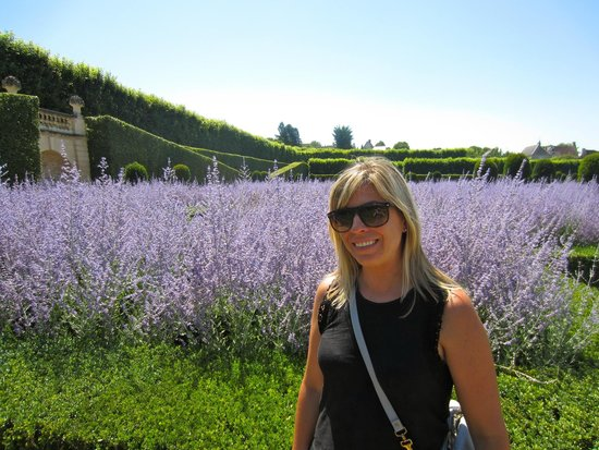 Loire Valley Time Travel Day Tours: Villandry Gardens in the Over grown Sage