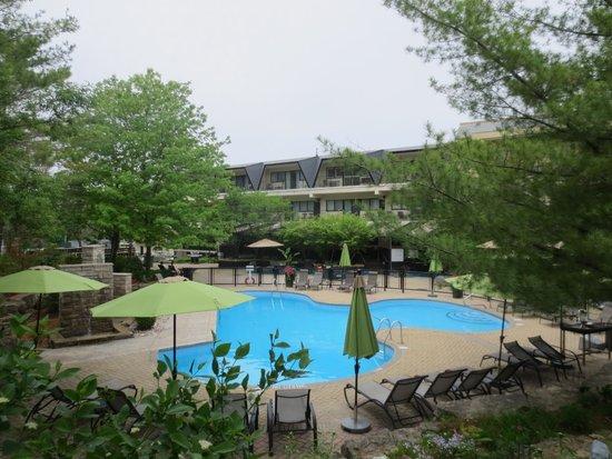 Hockley Valley Resort: Saltwater pool (heated)