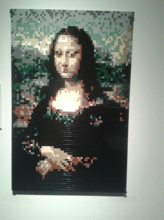 Discovery Times Square: Monalisa de legos. The art of the brick