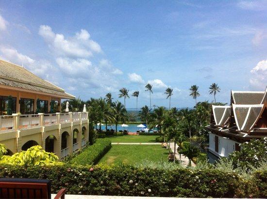 Sofitel Krabi Phokeethra Golf & Spa Resort: A view from the lobby