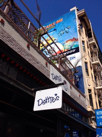 Dottie's True Blue Cafe: Dottie's