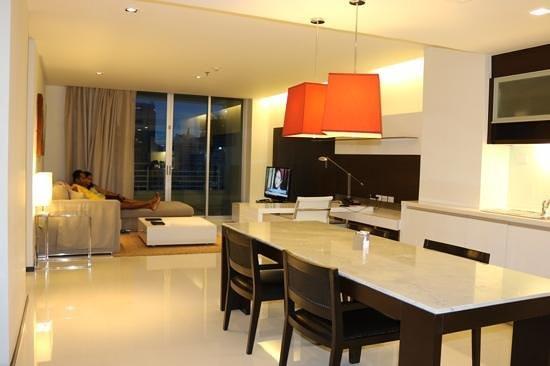 living room at Anantara Bangkok Sathorn