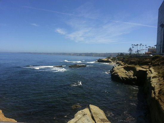 Grande Colonial La Jolla : A one minute walk to this!